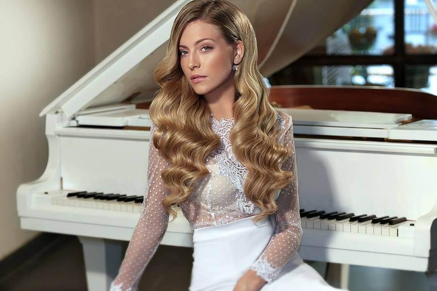 עונת החתונות - הילה כהן - מעצבת שמלות הכלה והערב